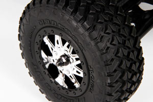 Exo_rtr_chassis_15_hankook_dynapro_mt_tire_300x200