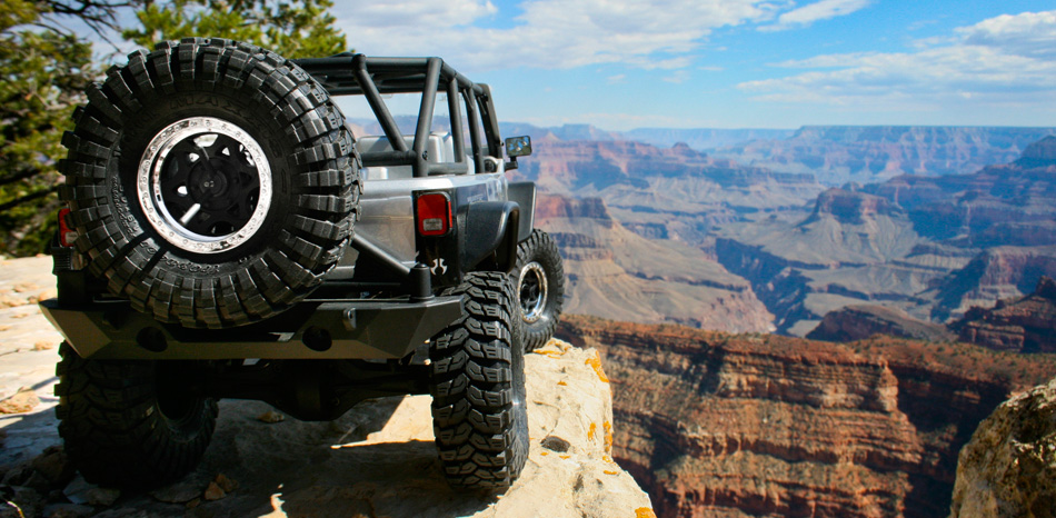 Axial SCX10 Jeep Wrangler Ax90028_axial_scx10_jeep_rtr_grand_canyon_950