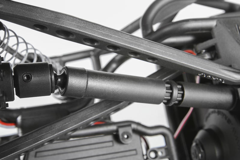 http://www.axialracing.com/assets/products/3062/productpage_blocks/popup/standard/ax90045_wraith_spawn_wb8_hd_driveshafts_800x533.jpg?1413562589