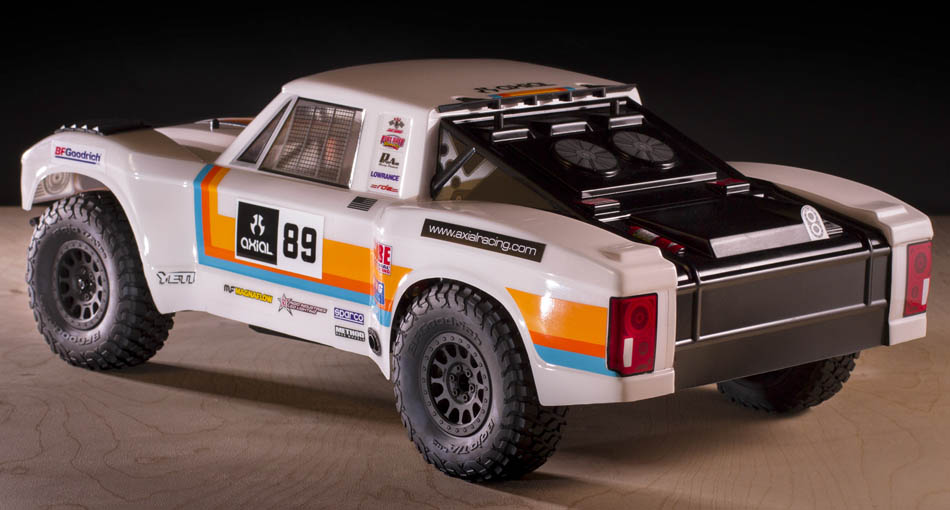 Ax31310_retro_trophy_truck_body_02_950
